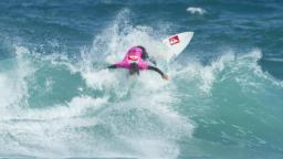 Lucas Silveira busts out at Piha