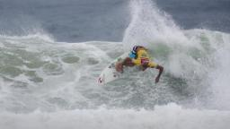 Owen Wright at Snapper