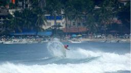 Small surf at Puerto Escondido