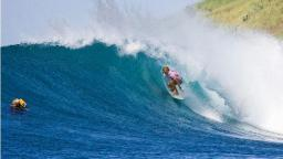 Stephanie Gilmore Claimint the Billabong Pro Maui and Vans Triple Crown