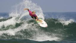 Mick Fanning on his way to win the Quiksilver Pro France
