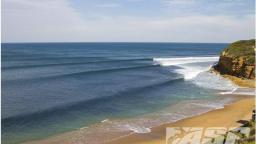 Small Waves at Bells Beach