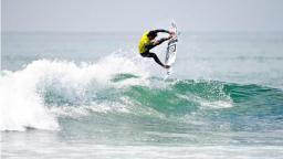 Miguel Pupo taking Lowers Pro