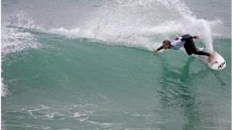 Courtney Conlogue fifth at the Estoril Surf Billabong Girls