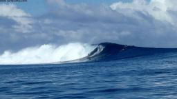 Surfing Fiji Cloudbreak